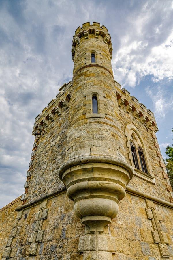 Tour de Magdala, ville de Rennes le chateau en Aude, France photographie stock