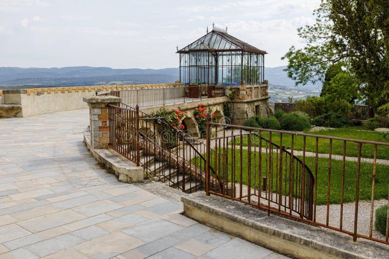 Tour de Magdala, ville de Rennes le chateau en Aude, France photographie stock libre de droits