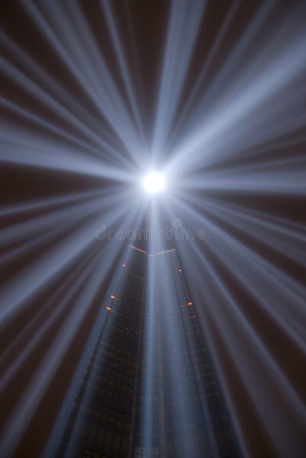 Tour de Montparnasse par nuit image libre de droits