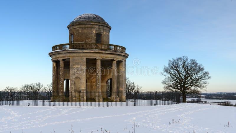 Tour de panorama avec la neige images libres de droits