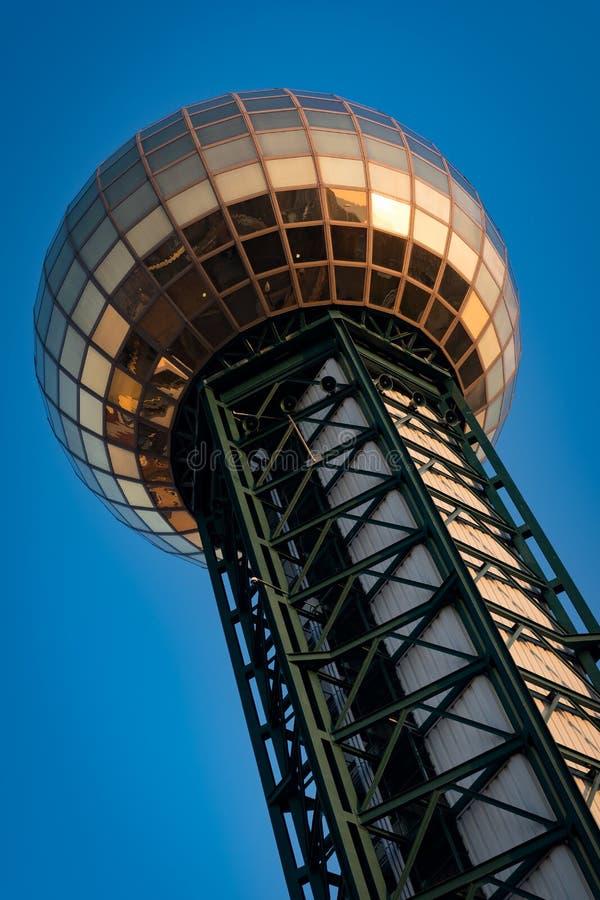Tour de point de repère de Sunsphere en Knoxville Tennessee images stock