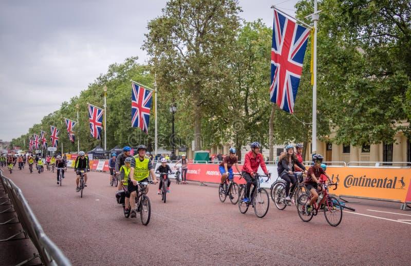 Tour de prudence de bicyclette de Londres image libre de droits