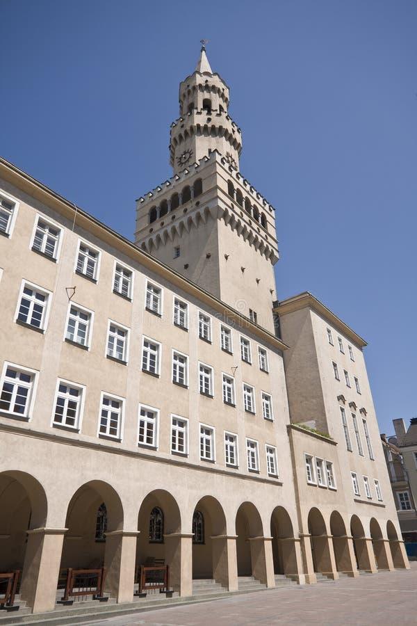 Tour de Ratusz dans Opole Pologne photographie stock libre de droits