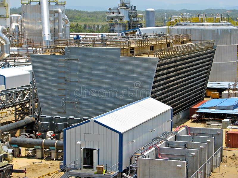 Tour de refroidissement industrielle photo stock