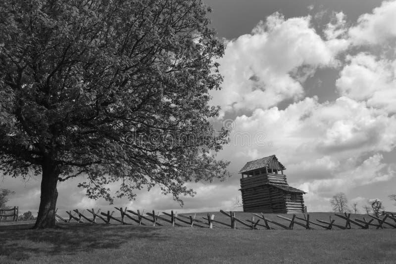 Tour de surveillance sur la montagne de Groundhog - Ridge Parkway bleu, la Virginie, Etats-Unis photo stock