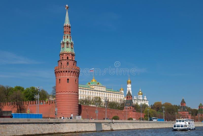 Tour de Sviblova de prise d'eau de Moscou Kremlin images libres de droits