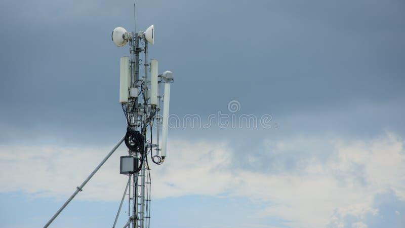 Tour de télécom, Yangon, Myanmar image libre de droits