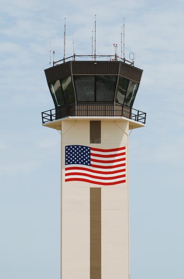 Tour de transmissions d'aéroport photos stock