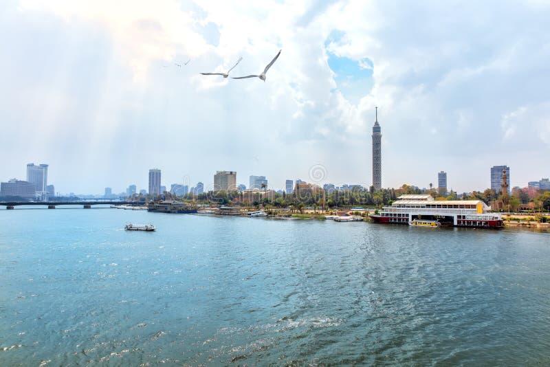 Tour du Caire et le Nil, belle vue de matin photographie stock libre de droits