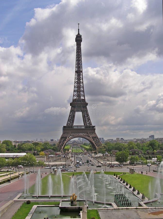 Download Tour Eiffel 2 image stock. Image du construction, ciel, europe - 50073