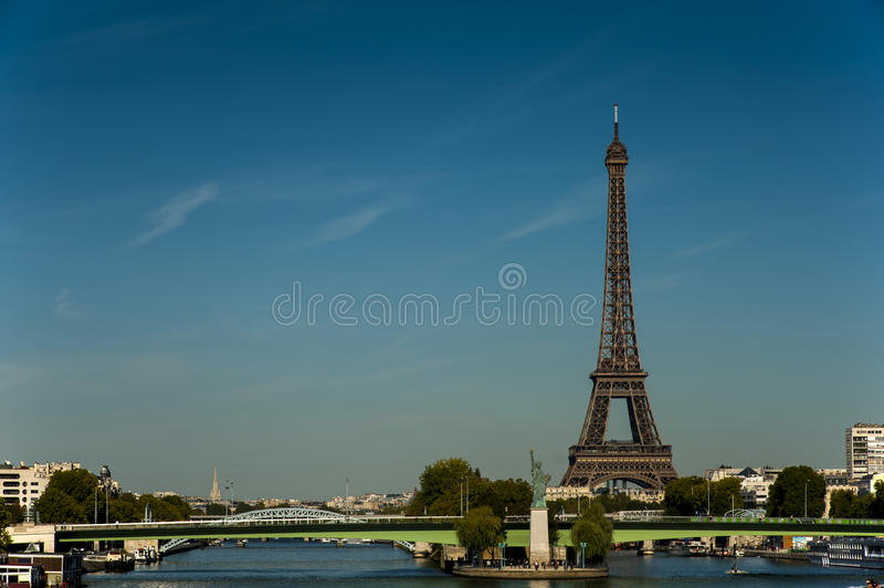 Download Tour Eiffel stock image. Image of curve, france, engineering - 27264175