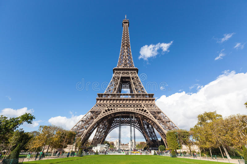 tour eiffel in paris royalty free stock photo image 28459245. Black Bedroom Furniture Sets. Home Design Ideas