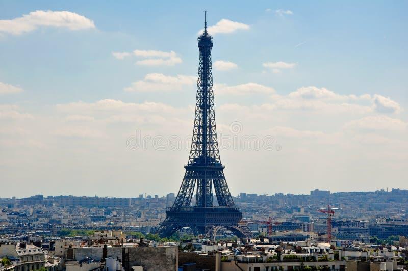 Tour Eiffel vu de l'Arc de Triomphe. Paris. photographie stock libre de droits