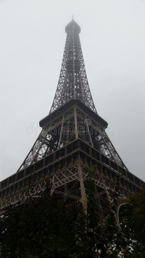 Tour Eiffel, widok od dołu fotografia royalty free