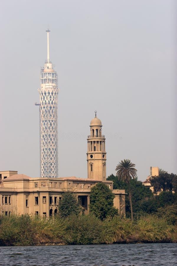 Tour et mosquée de TV photographie stock