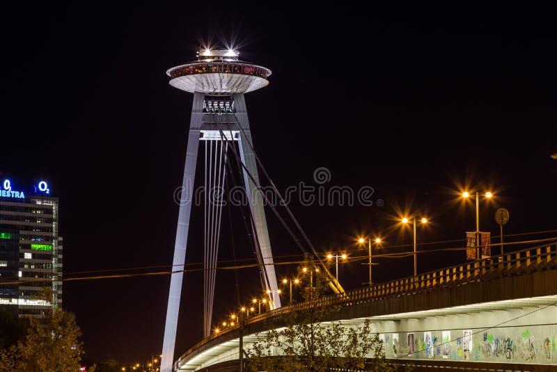 Tour et Novy d'UFO la plupart de pont image libre de droits