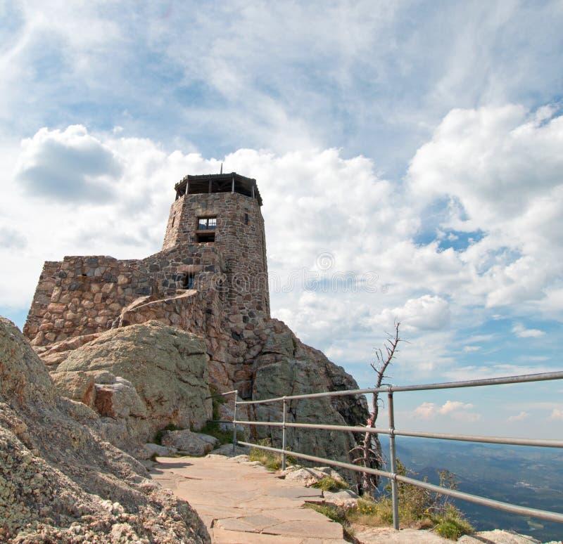 Tour noire de surveillance du feu de crête d'élans [autrefois connue sous le nom de crête de Harney] en Custer State Park dans le photographie stock