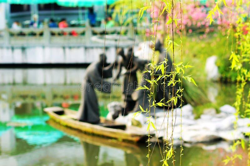Tour occidentale de lac après des fleurs images stock