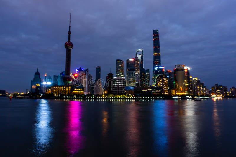 Tour orientale 3 de perle de Changhaï images stock