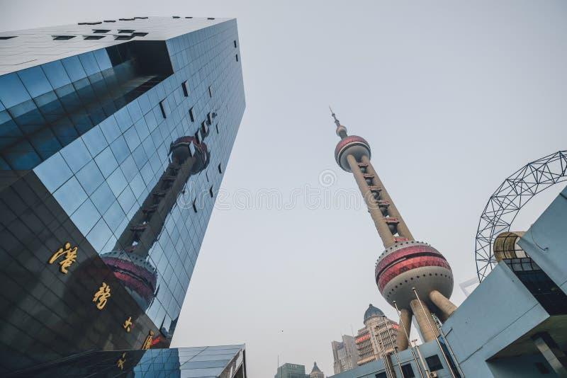 Tour orientale de perle, Changhai, Chine photographie stock libre de droits