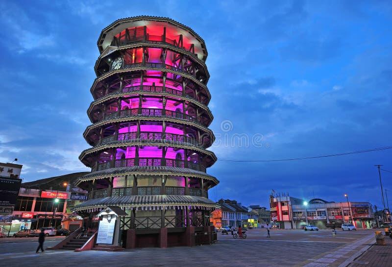 Tour penchée de Teluk Intan, Perak photographie stock libre de droits