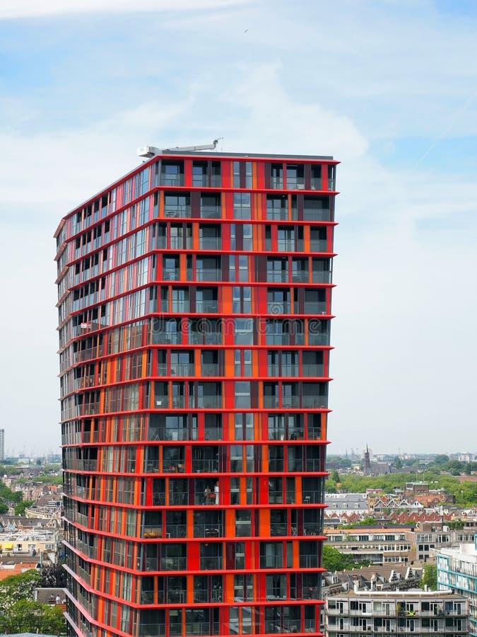 Tour rouge du bâtiment n Rotterdam de calypso image stock