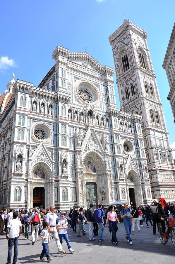 Download Tourism in Florence, Italy editorial stock image. Image of architecture - 19393479