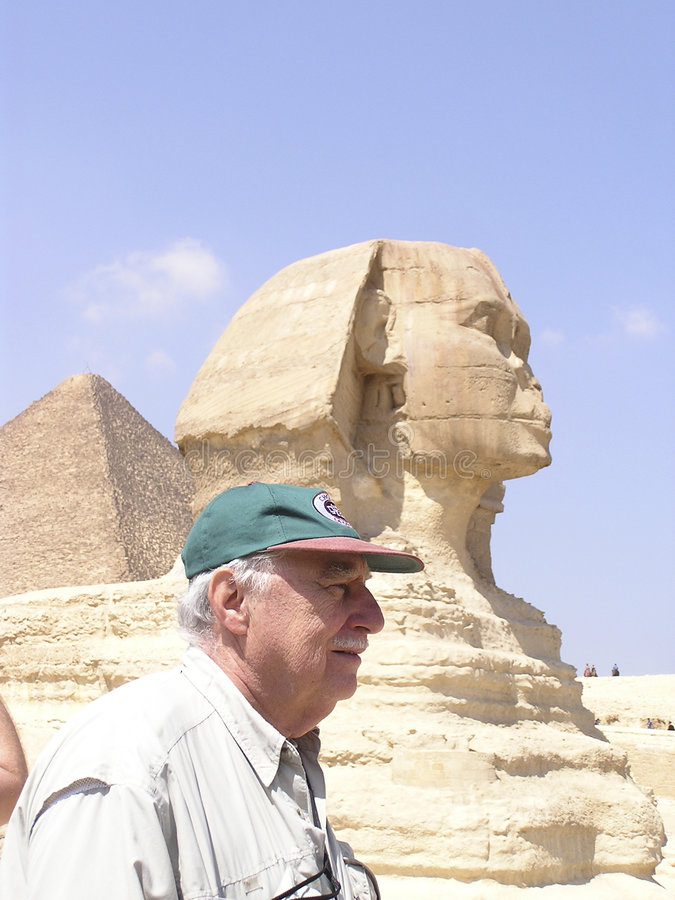 Touriste aîné de sphinx photos stock