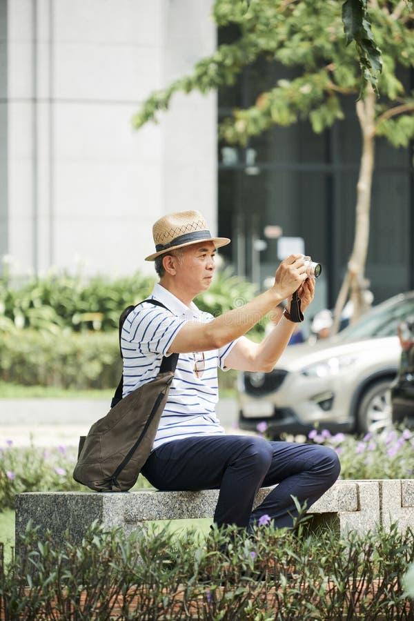 Touriste dans la ville photo libre de droits