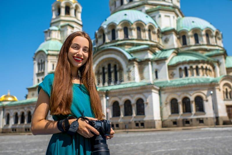 Touriste près du St Alexander Nevsky Cathedral photo stock