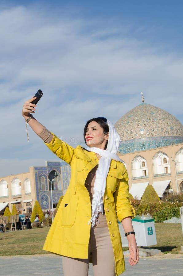 Touriste prenant le selfie photo libre de droits
