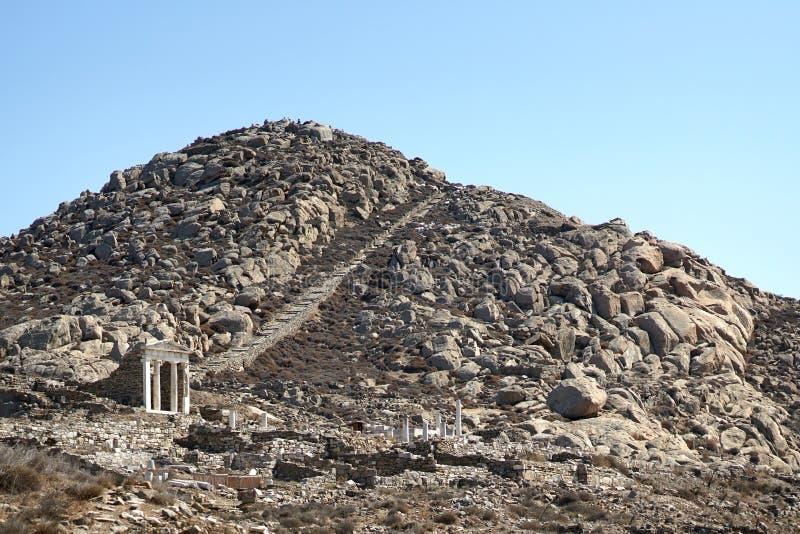 Touristen steigen Monte Cinto auf, zum des Panoramablicks über der Insel zu bewundern stockbilder