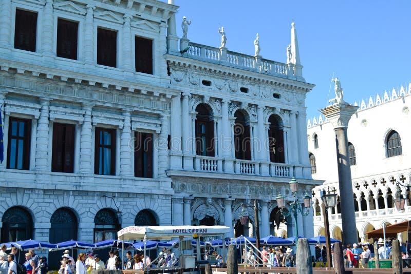 Touristes à Venise, Italie photographie stock