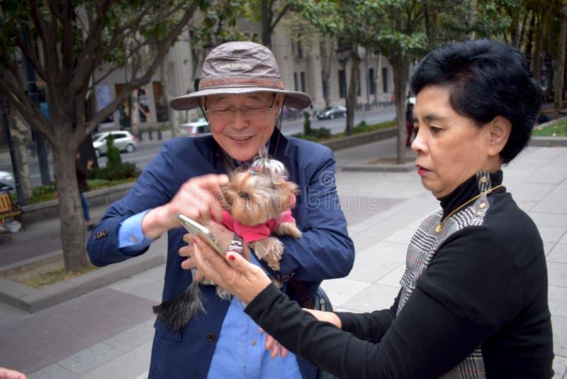 Touristes asiatiques photographie stock libre de droits