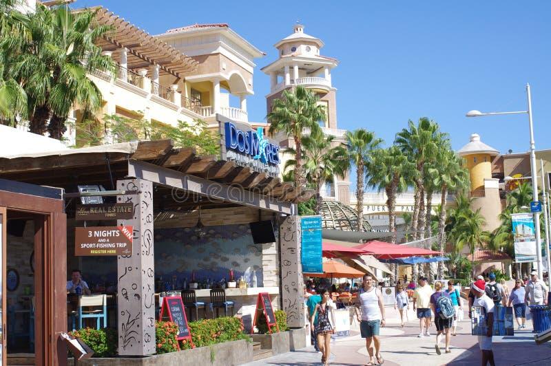 Touristes dans Cabo San Lucas images libres de droits