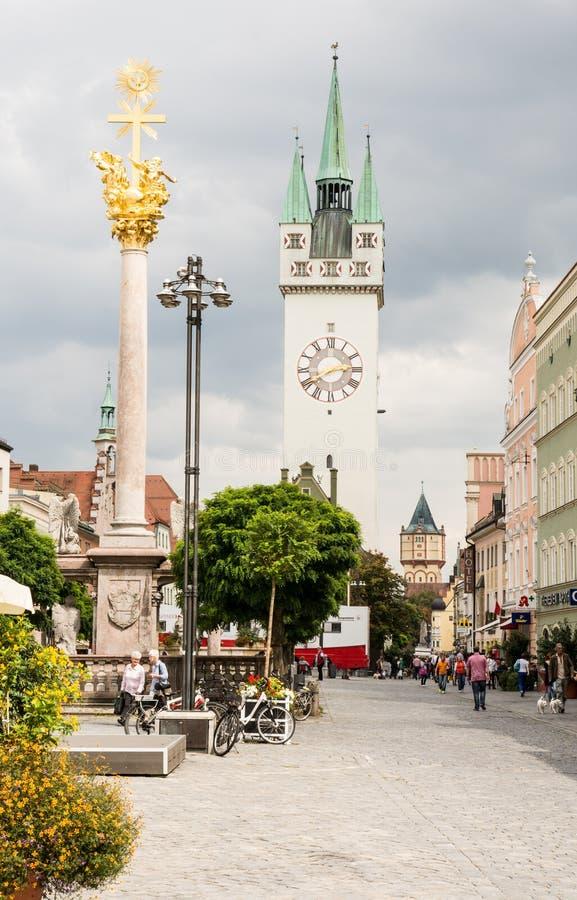 Touristes dans Straubing photo libre de droits