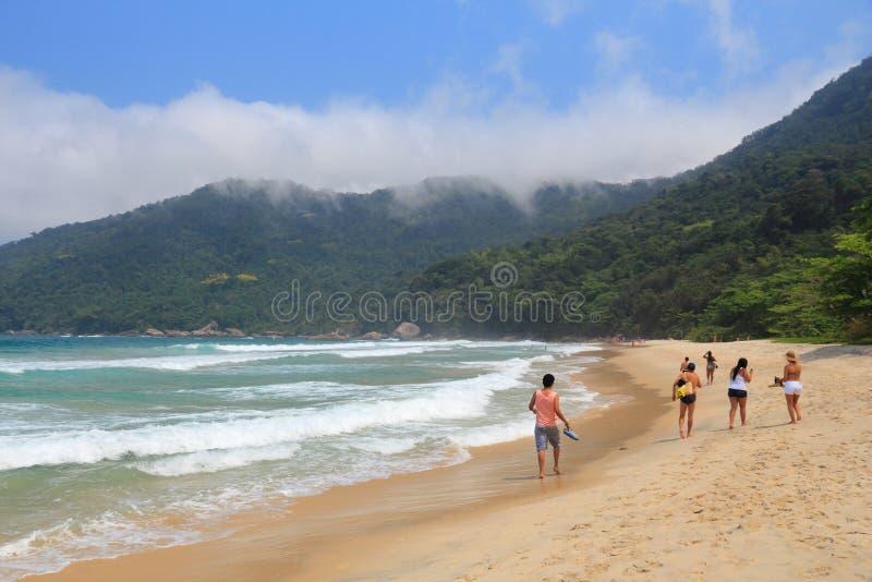 Touristes de plage du Brésil images libres de droits