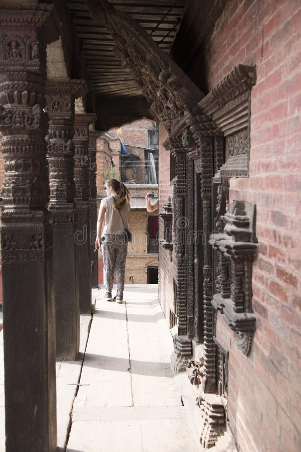touristes visitant la place durbar de bhaktapur photographie stock