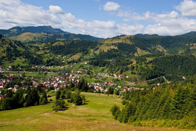 touristic town för berg arkivbild