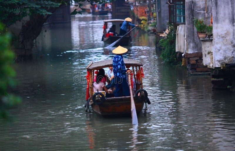 Touristische Boote stockbild