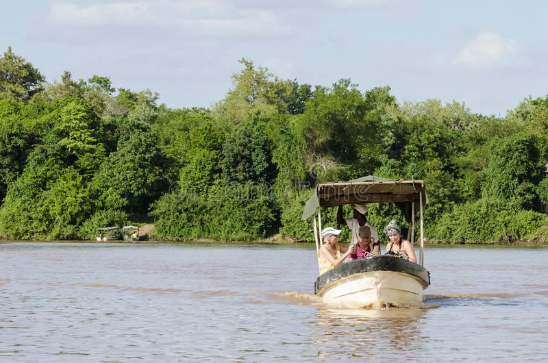 Touristisches Boot Rufiji-Fluss stockfotografie