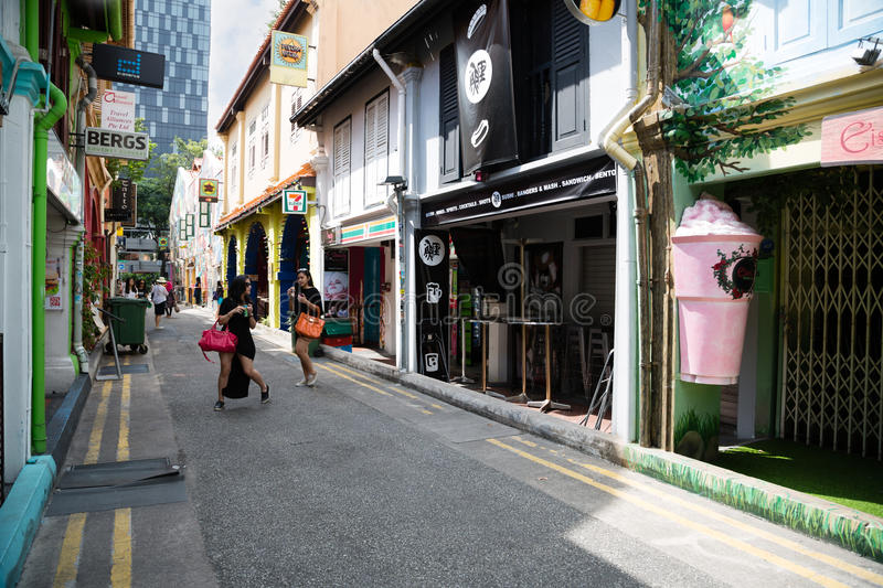 Tourists in the Arab quarter (Kampong Glam) Singapore royalty free stock photos