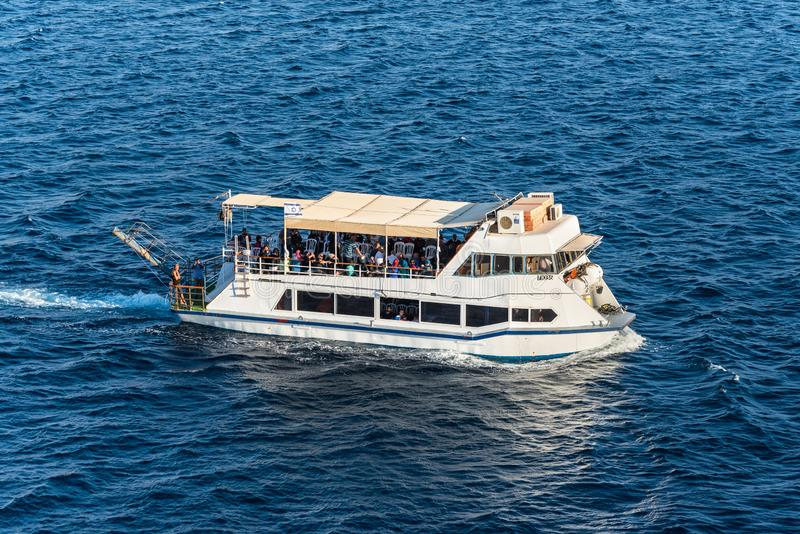 Tourists boat in bay of Eilat, Israel royalty free stock photos
