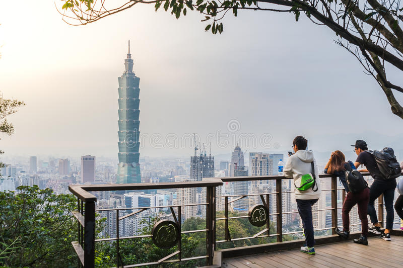 Tourists at the Elephant Mt. in Taipei. royalty free stock images