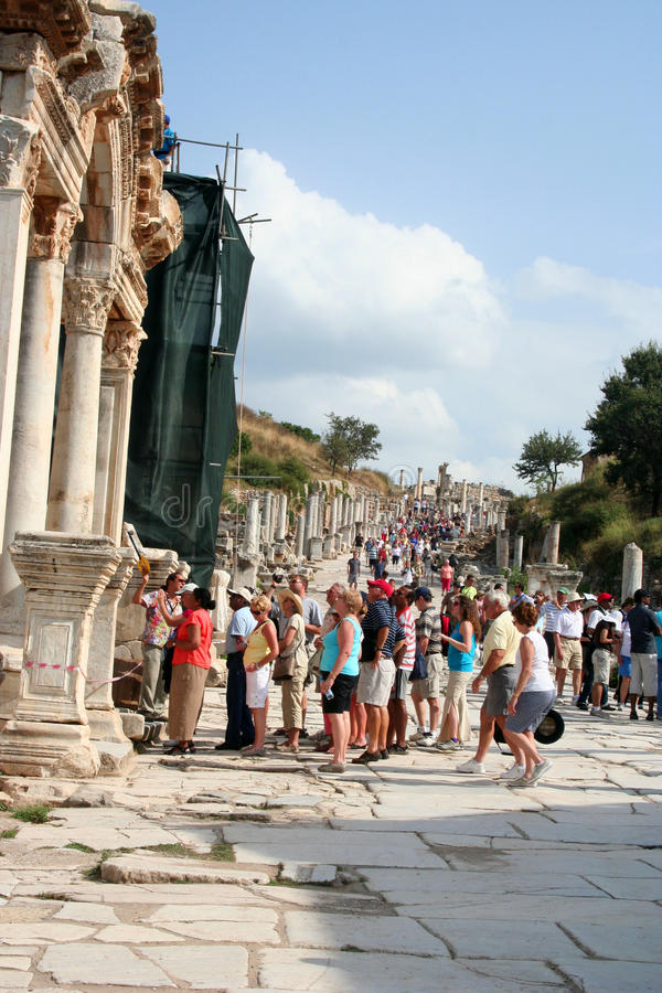 Download Tourists in ephesus editorial photo. Image of heritage - 22042886