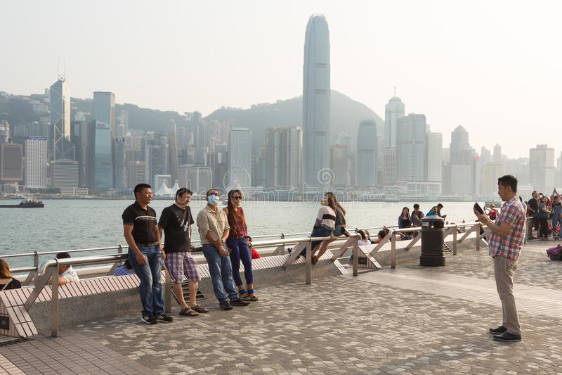 Tourists In Hong Kong Waterfront Promenade Editorial Stock ...