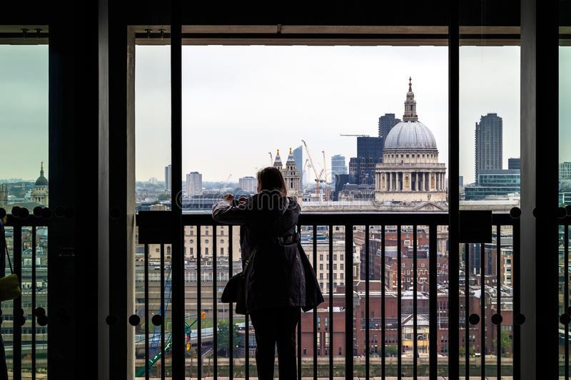 Tourists Overlooking St Pauls Cathedral, London stock photography