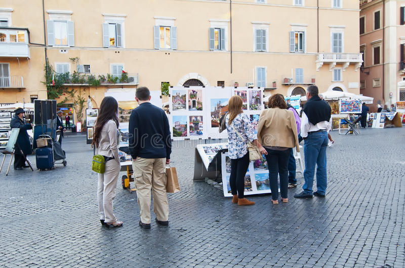 Download Tourists in Piazza Navona editorial stock photo. Image of city - 21849178