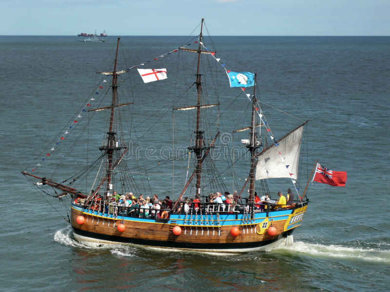 Download Tourists On Replica Galleon - Whitby - England Editorial Stock Image - Image: 20817089