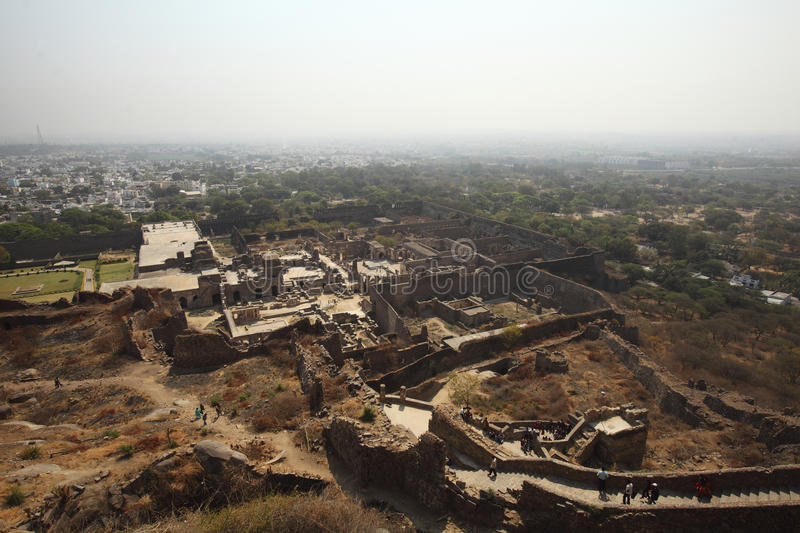 Download Tourists From Top Of Golconda Fort, Hyderabad Editorial Stock Image - Image of detail, acoustic: 24278149